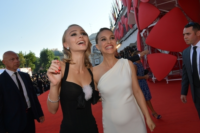 Red Carpet Venice-73. Lily-Rose Depp and Natalie Portman @LaBiennale